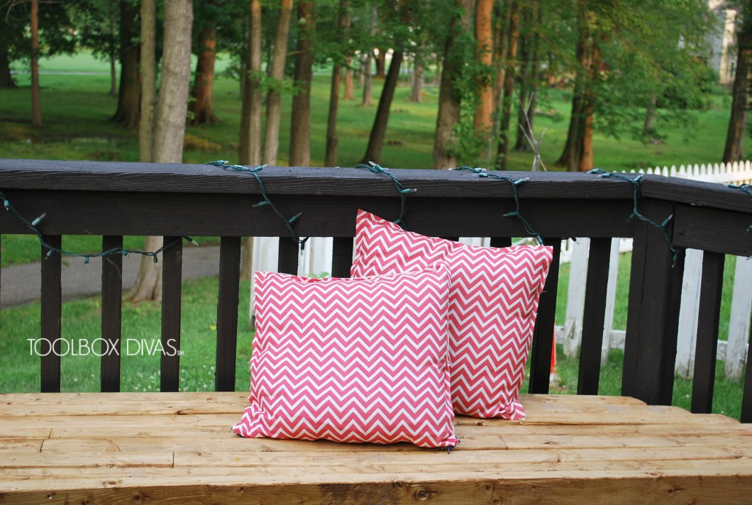 How to Make a No-Sew Pillow Cover with Zipper