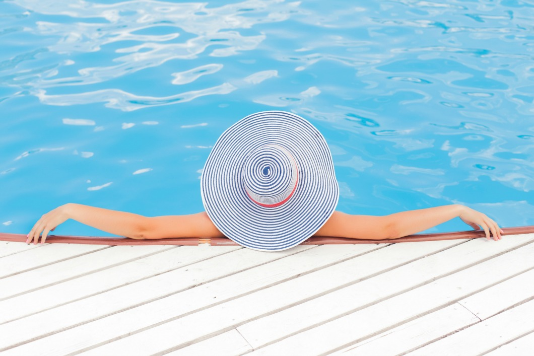 Painting a Swimming Pool: The Essentials