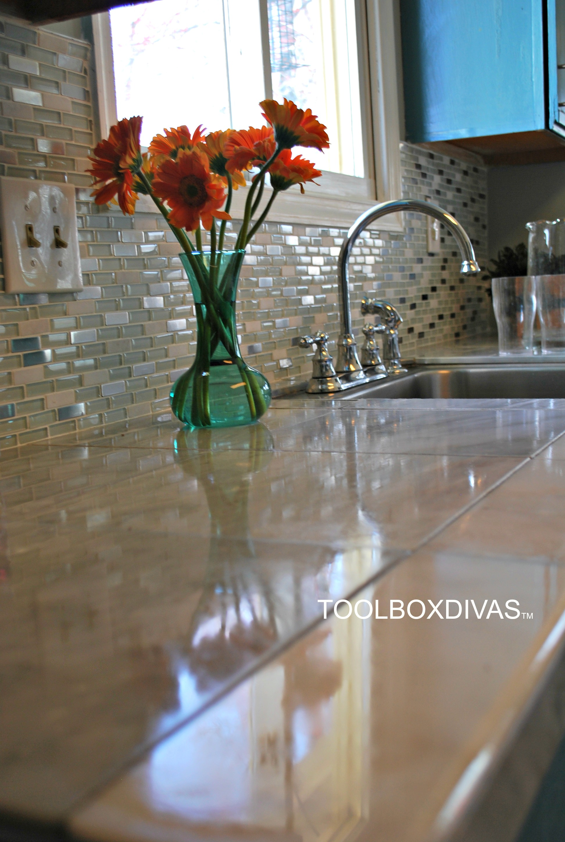Marble countertop hack how to tile over laminate countertops marble countertop hack how to tile over laminate countertops toolbox divas dailygadgetfo Images