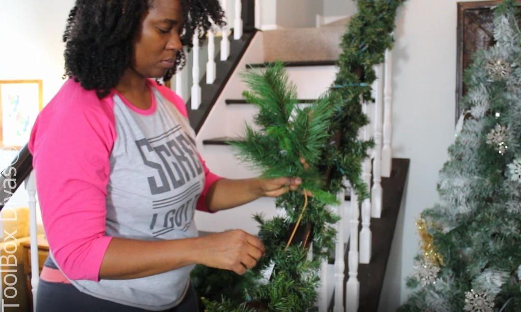 insert picks Christmas Stairs - Toolbox Divas