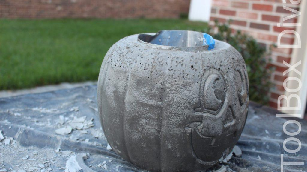 Easy Halloween DIY Project pumpkin fire pit - Toolbox Divas 2