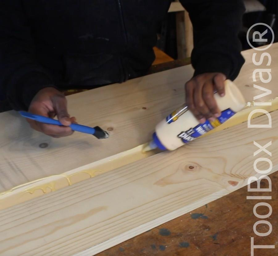 How to build a Rustic Faux wood beam mantel or floating shelf - Toolbox Divas 43