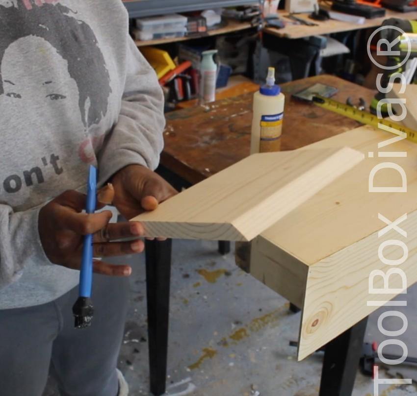 How to build a Rustic Faux wood beam mantel or floating shelf - Toolbox Divas 41