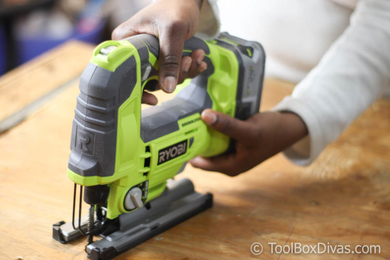 Tools 101: How to Use a Jigsaw