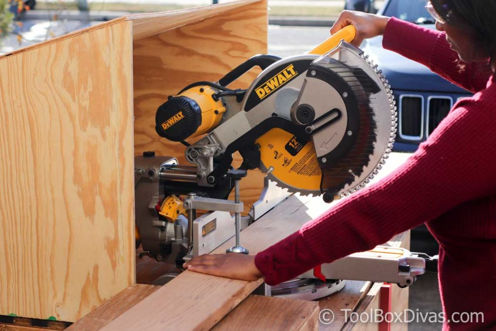 Tools 101 How to use a miter saw - Toolbox Divas (92 of 117)