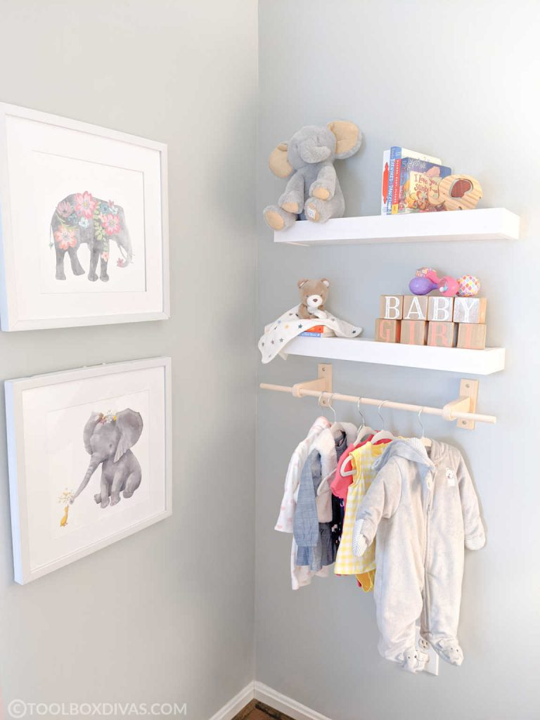 DIY-Baby-Child-Wall-Mounted-Clothes-Rack-woodworking-Naptime-DIY-@toolboxdivas