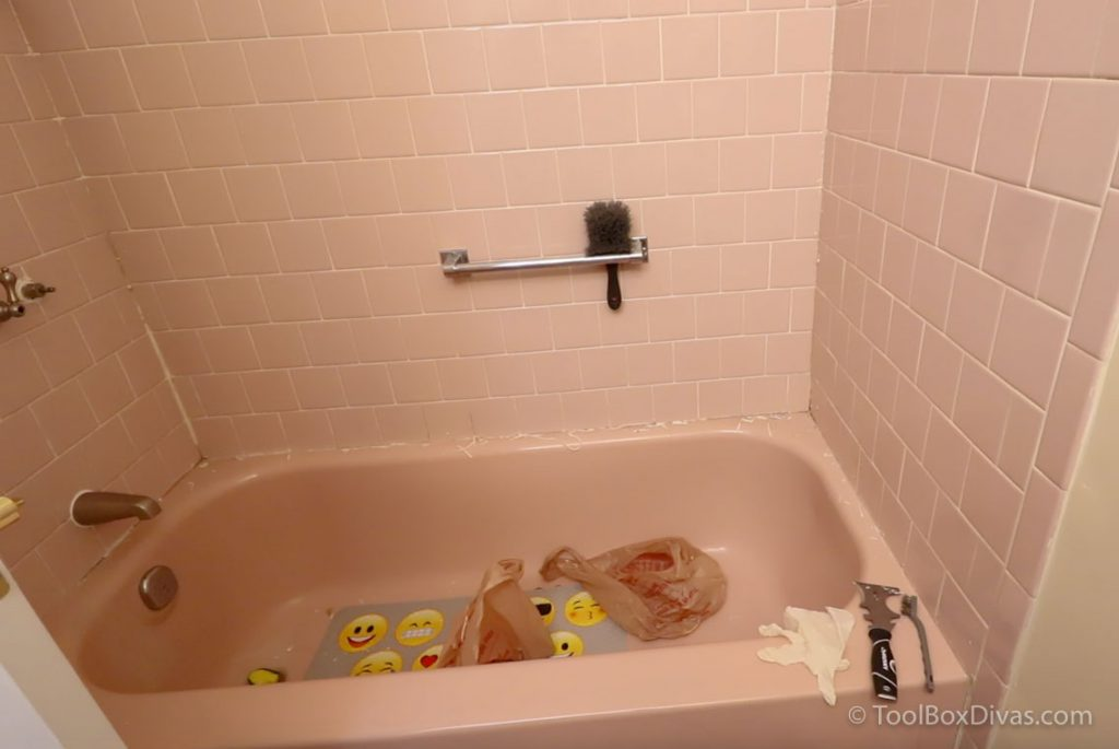 clean and degrease tub & Remove Caulk - Yes you can paint your bathtub - How to paint the bath tub and tile @toolboxdivas-21