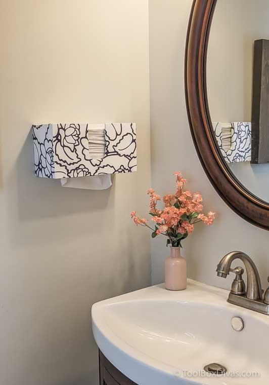 How to Make a DIY Paper Towel Dispenser