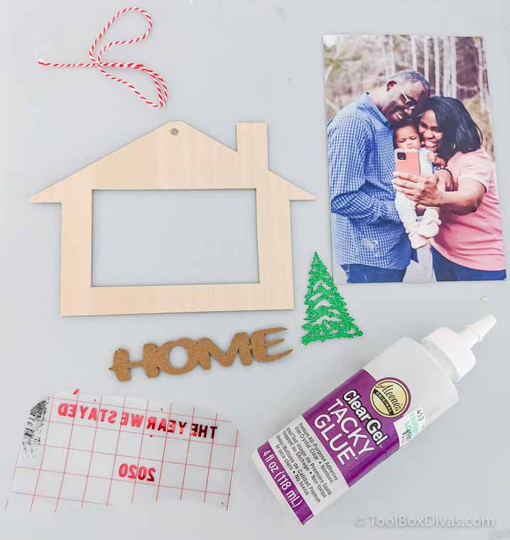 The Year We Stayed Home DIY Ornament_ToolboxDivas