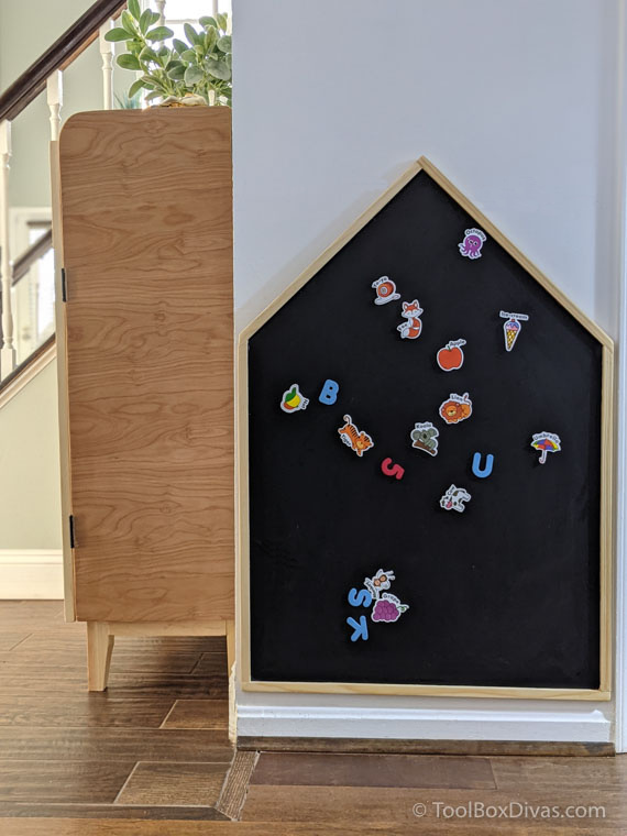 How to Make a House Shaped Magnetic Chalkboard for Cheap _ Toolbox Divas (15 of 43)