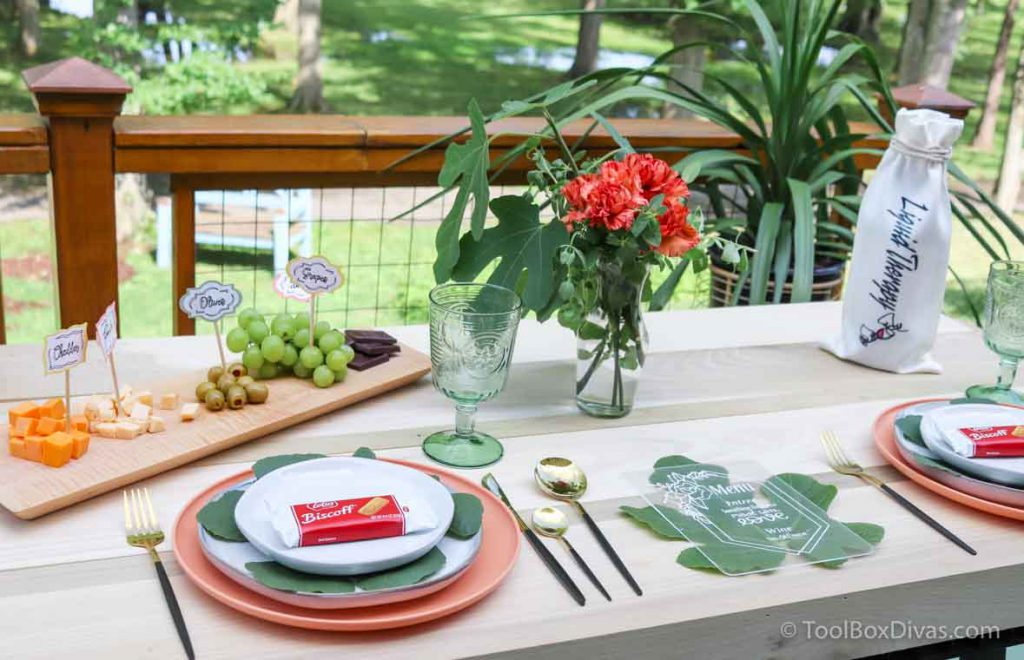 Easy Outdoor Tablescape Ideas you Can Create with a Cricut by ToolBox Divas (18 of 97)