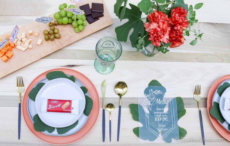 Easy Outdoor Tablescape Ideas with a Cricut