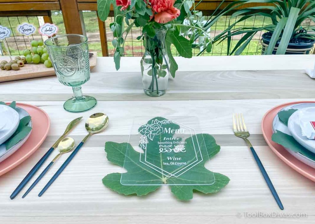 Easy Outdoor Tablescape Ideas you Can Create with a Cricut by ToolBox Divas (92 of 97) menu acrylic card
