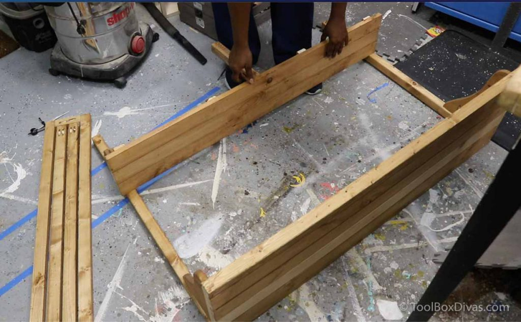 How to Make a Balcony Bar Table Use as a Desk outdoors - Toolbox Divas (31 of 35)
